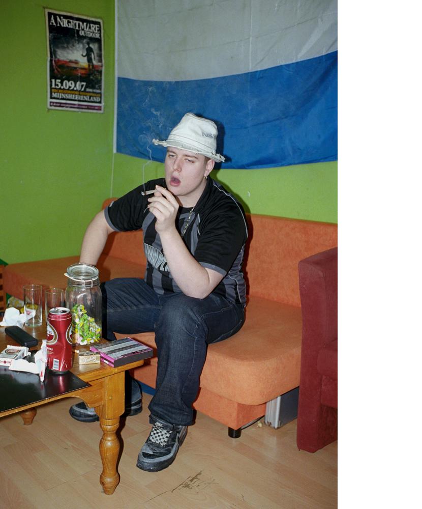 http://www.dennisduijnhouwer.com/files/gimgs/134_gabber09.jpg