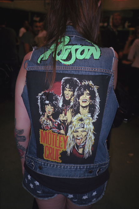 http://www.dennisduijnhouwer.com/files/gimgs/137_backpatch-motley01a.jpg