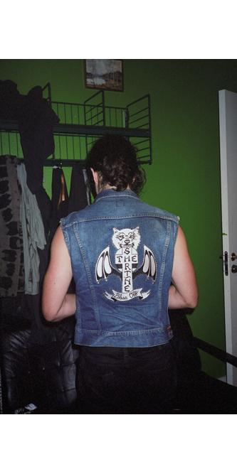 http://www.dennisduijnhouwer.com/files/gimgs/137_hersh-rockpak01b-site.jpg