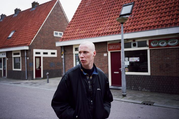 http://www.dennisduijnhouwer.com/files/gimgs/35_iemand25c.jpg