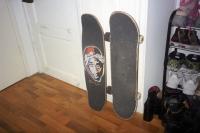 77_tupac-skateboard01b-1.jpg