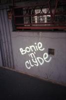 95_bonie-n-clyde-serbia01b.jpg